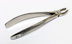 Dental Instruments Extracting Forceps 18L Stainless Steel 1 Pc
